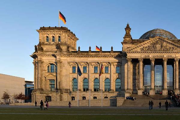 Reichstag-Berlin-WEG-Verwaltung-Essen